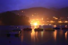Hafen mit Booten bei Geres Stockfoto