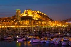 Hafen mit Yachten in der Nacht Alicante Stockbild
