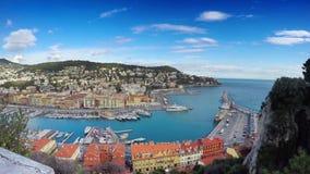 Hafen in Nizza am sonnigen Sommertag Taubenschlag d ` Azurblau, Frankreich stock video footage