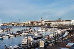 Hafen Ponta Delgada, S Miguel, Azoren Lizenzfreie Stockfotos