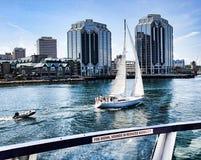 Hafen-Skyline Lizenzfreie Stockfotografie