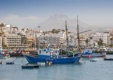 Hafen und die Promenade von Los Cristianos Lizenzfreie Stockfotos