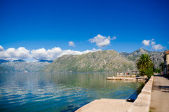 Hafen und Yachten bei Boka Kotor bellen (Boka Kotorska), Montenegro, Europa Stockfotos
