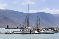 Hafen von Caleta de Sebo auf La Graciosa stockfoto