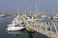 Hafen von Cherbourg in Frankreich Lizenzfreie Stockfotos