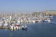 Hafen von Cherbourg in Frankreich Stockbild