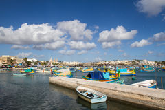 Hafen von Marsashlock in Malta stockbild