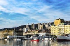 Hafen von Rijeka im Januar stockbild