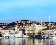 Hafen von Rijeka im Januar lizenzfreie stockbilder