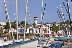 Hafen von Saint-Jean-De Luz und von Cibourre in Frankreich Lizenzfreie Stockfotografie