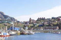 Hafen von Sisimiut, Grönland lizenzfreie stockfotos