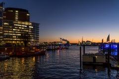 HafenCity в гавани на Эльбе, Гамбурге, Германии стоковое изображение rf