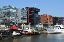 Hafencity Hamburg, ett splitterny hamnkvarterområde i Hamburg Arkivfoto