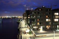 HafenCity la nuit Photographie stock libre de droits