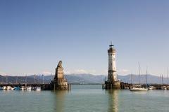 Hafeneingang von Lindau Stockfotos