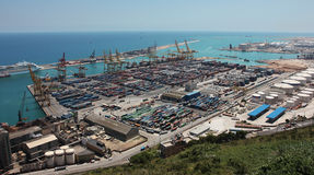 Hafengebiet einer großen europäischen Stadt Stockfoto