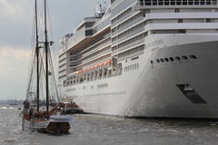 Hafengeburtstag Hambourg Photographie stock libre de droits