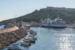 Hafenwellenbrecher Gozo Mgarr lizenzfreies stockfoto