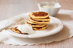 Hafer-Kleie-Pfannkuchen Stockfotos