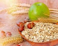 Haferflocken - gesunde Mahlzeit lizenzfreie stockfotos