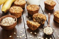 Hafermuffins mit Banane Lizenzfreies Stockfoto