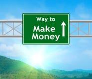 Haga dinero la señal de tráfico verde Imagenes de archivo