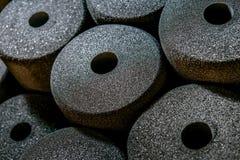 Haga espuma en discos porosos en la acción de la fábrica Imágenes de archivo libres de regalías
