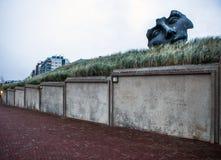 HAGA, holandie - PAŹDZIERNIK 22, 2015: Sławne abstrakcjonistyczne rzeźby na melinie Haag - miasto Holandia Obraz Stock