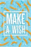 Haga un cartel del deseo con los pescados que nadan en piscina Imágenes de archivo libres de regalías
