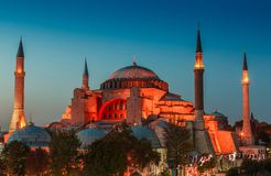 Hagia Sophia με το ηλιοβασίλεμα σε ένα υπόβαθρο Στοκ Φωτογραφίες