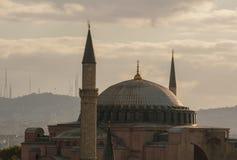 Hagia Sophia Dome et minarets pendant le matin de début de l'été images stock