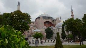 Hagia Sophia in het sultanahmetpark stock videobeelden