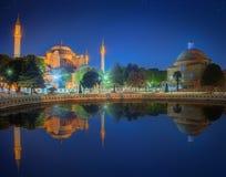 Hagia Sophia tidigt på natten i Istanbul Arkivfoton