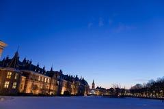The Hague i natten. Royaltyfri Bild