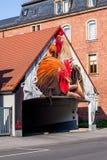 Hahn - deutsche Straßen-Kunst - Bayreuth Stockbild