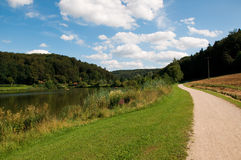 Hahnenkammsee See am Sommer Stockfotos
