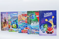 Hai, de Oekraïne - Februari 28, 2017: Geanimeerd Disney-filmsbeeldverhaal Stock Foto's