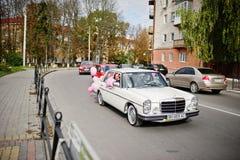 Hai, de Oekraïne - 07 November, 2017: wit retro Mercedes-Benz W114 Stock Afbeeldingen