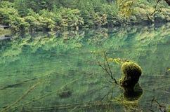Hai inversé de miroir, vallée de jiuzhai, Chine Photographie stock