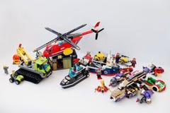 Hai, Ukraine - 1er mars 2017 : Jouets différents des blocs de Lego L Photo libre de droits