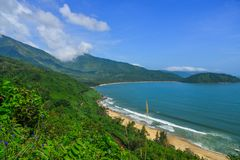 Hai Van Pass με την όμορφη παραλία στοκ εικόνες