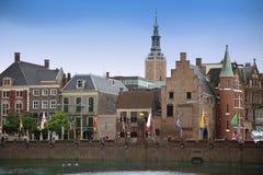 Haia, os Países Baixos - 18 de agosto de 2015: Vista em Buitenhof Fotos de Stock Royalty Free