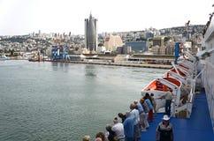 HAIFA - 19 de mayo barco de cruceros de la compañía de Mano ?ruise Imagen de archivo libre de regalías