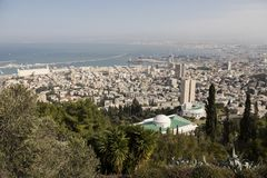HAIFA, ISRAEL - 23 DE DEZEMBRO DE 2016: Vista panorâmica de Monte Carmelo Fotos de Stock Royalty Free