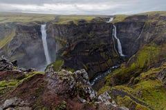 Haifoss和Granni瀑布在冰岛 图库摄影