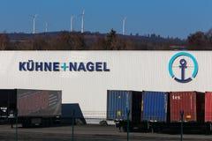 Haiger, hesse/Германия - 17 11 18: nagel und hne ¼ kà подписывает внутри haiger Германию стоковое фото