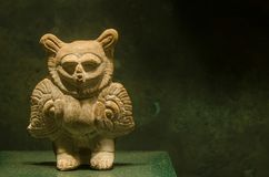 Haina海岛的古老玛雅小雕象 图库摄影