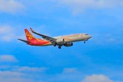 Hainan Airlines samolotowy lądowanie przy Chiangmai zawody międzynarodowi airp Zdjęcia Royalty Free