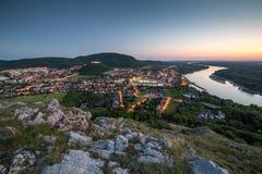 Hainburg-Panorama, Österreich lizenzfreie stockfotografie