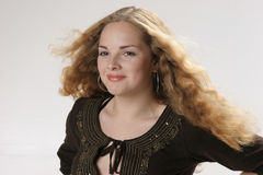 haired lycklig röd tonåring royaltyfri fotografi